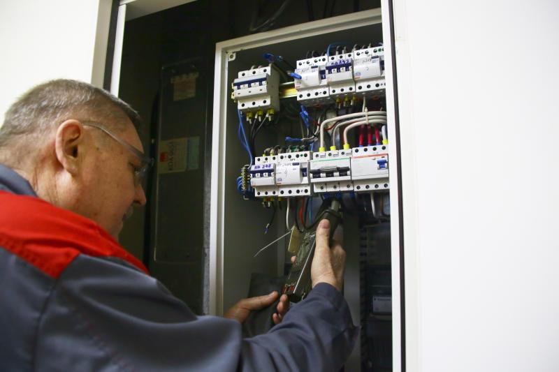Электропровода отремонтировали в 68 домах района