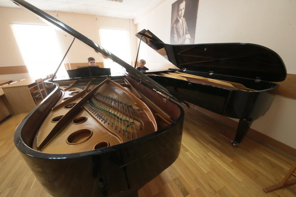Трансляцию концерта организуют представители школы акварели имени Сергея Андрияки